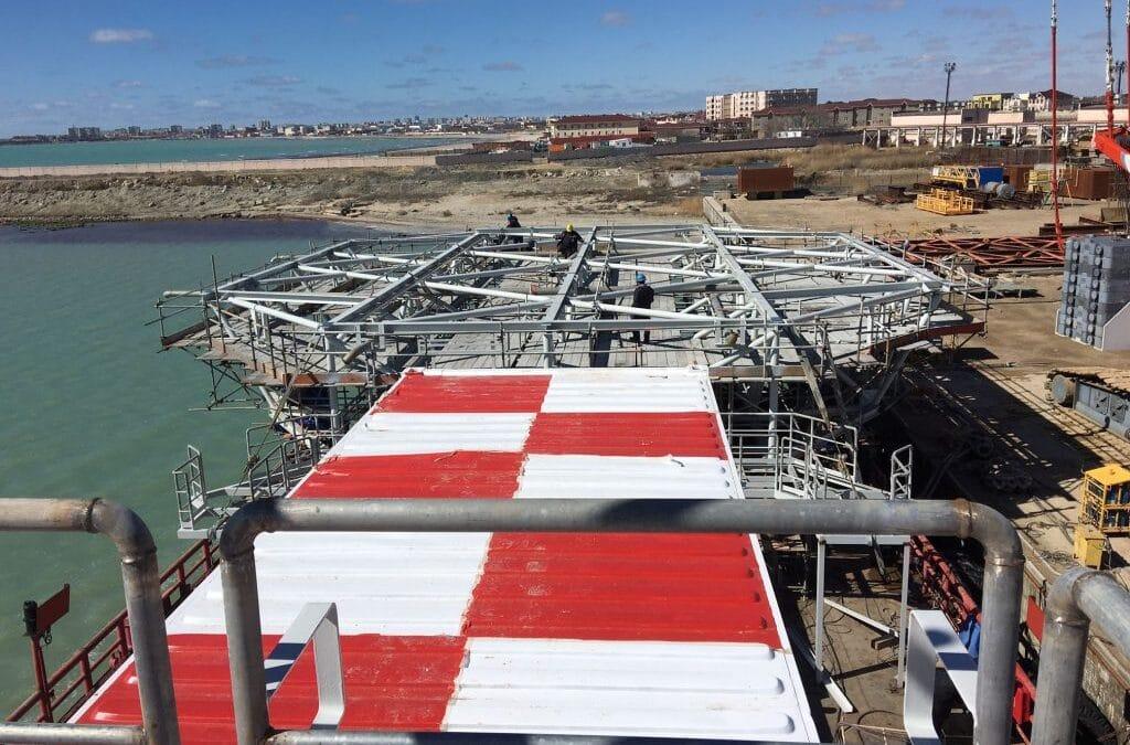 Wagenborg 102 – Rebirth in helideck barge